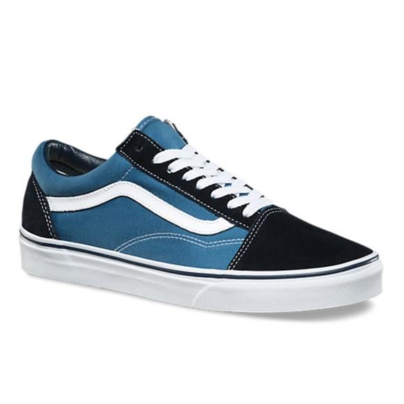 46354e78b9 Vans Old Skool Colorblock Suede Sneakers. M 5b108696caab44995f28b2f0